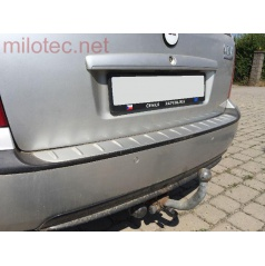 Práh pátých dveří s výstupky, ABS-stříbrný, Škoda Octavia I Limousine