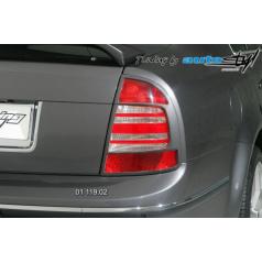 Škoda Superb » Rámeček zadních světel - pro lak Superb