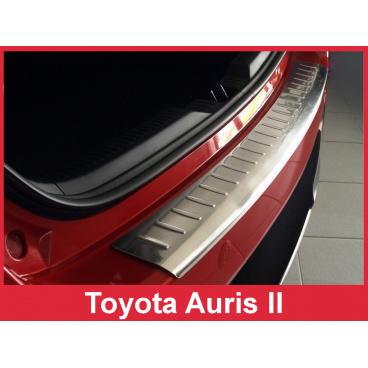 Nerez kryt- ochrana prahu zadního nárazníku Toyota Auris II 2013-15