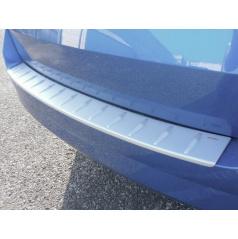 Práh pátých dveří s výstupky, ABS-stříbrný Škoda Fabia III Combi, 12/2014+