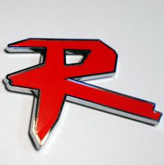 Plastické logo  R s podlepením (70X60 mm)