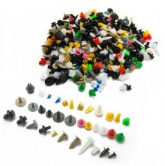 Univerzální sada různých typů plastového uchycení do auta 500 ks
