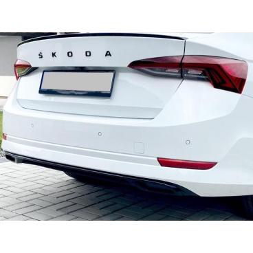 Škoda Octavia 4 2020+ koncovky výfuku se středovou lištou, černé lesklé