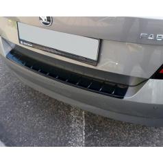 Práh pátých dveří s výstupky, ABS-černá metalíza Škoda Fabia III Limousine 09/2014 +