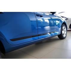 Boční dveřní lišty glossy black ve stylu SPORTLINE Škoda Fabia III