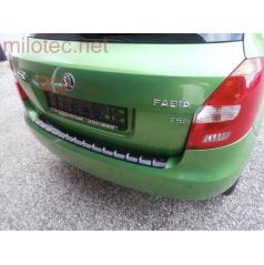 Práh pátých dveří s výstupky, ABS-černá metalíza Škoda Fabia II Limousine